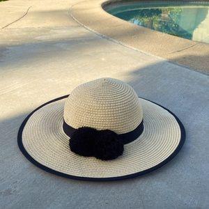 Old Navy Beach Sun Round Hat Size Medium